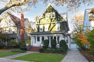 Brooklyn Single Family Home For Sale: 725 Argyle Rd