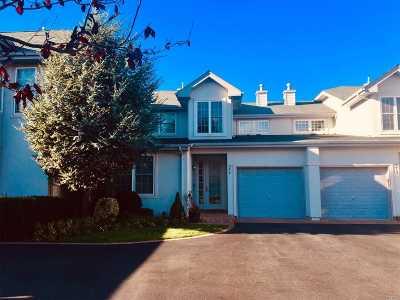 Melville Condo/Townhouse For Sale: 574 Verona Dr
