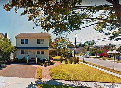 Bethpage Single Family Home For Sale: 47 Lee Ave