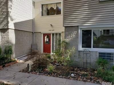 Ronkonkoma Condo/Townhouse For Sale: 42 Richmond Blvd #1B