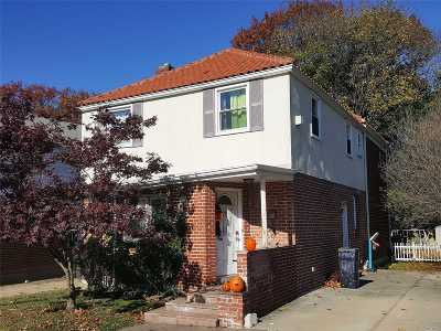 Bayside Single Family Home For Sale: 211-23 Richland Ave