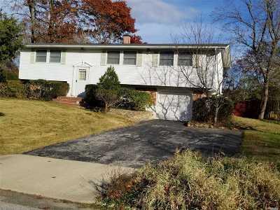 S. Setauket Single Family Home For Sale: 65 Fireside Ln
