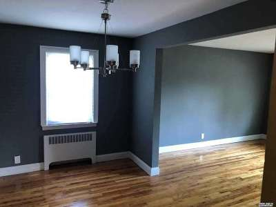 Hempstead Single Family Home For Sale: 5 Brown Ave
