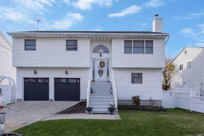 Seaford Single Family Home For Sale: 2886 Shore Rd