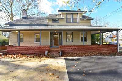 Baldwin Single Family Home For Sale: 670 Thomas Ave