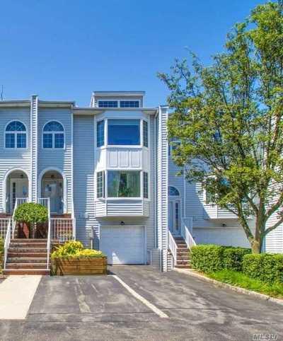 Douglaston Condo/Townhouse For Sale: 239-50a Oak Park Dr