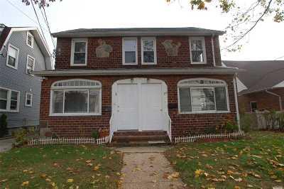 Mineola Multi Family Home For Sale: 23 Westbury Ave