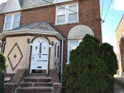 Floral Park Single Family Home For Sale: 9424 239th St