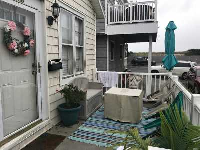 Long Beach Single Family Home For Sale: 18 New Hampshire St