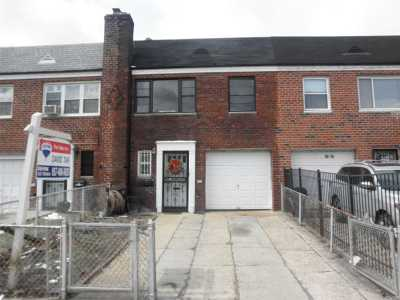 Single Family Home For Sale: 30-20 81 St