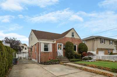 Franklin Square Single Family Home For Sale
