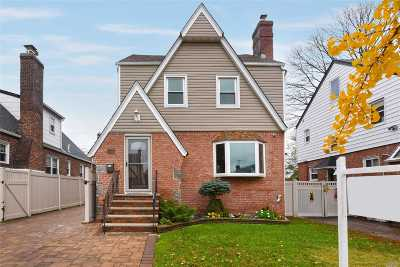 Bayside Single Family Home For Sale: 36-19 203 St