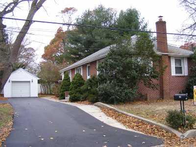 Kings Park Single Family Home For Sale: 18 Cedar Rd