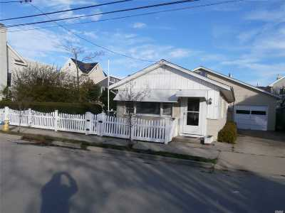 Point Lookout Single Family Home For Sale: 16 Freeport Ave