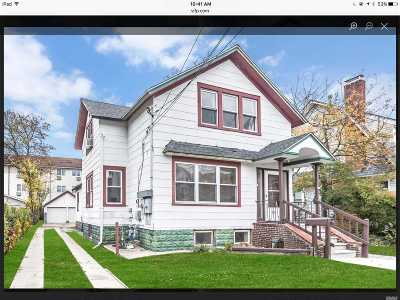 Lynbrook Multi Family Home For Sale: 23 Doxsey Pl