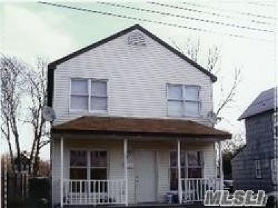 Bay Shore Single Family Home For Sale: 23 2nd Ave