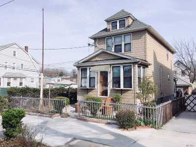 Briarwood Single Family Home For Sale: 150-01 Coolidge Ave