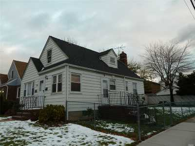 Whitestone NY Single Family Home For Sale: $849,000