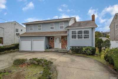 Nassau County Single Family Home For Sale: 2591 Bryant Dr