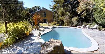 East Hampton Single Family Home For Sale: 8 Highland Ln