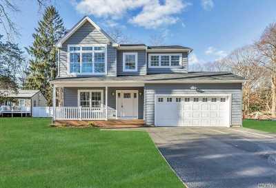 St. James Single Family Home For Sale: Vanderbilt Ave