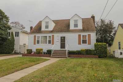 Lynbrook NY Single Family Home For Sale: $499,000