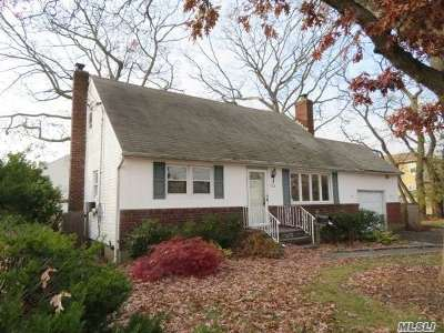 N. Bellmore Single Family Home For Sale: 734 Oakfield Ave