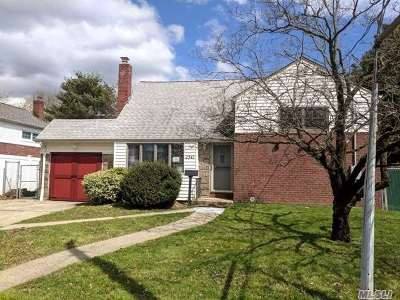 Wantagh Single Family Home For Sale: 2347 Bayview Ave