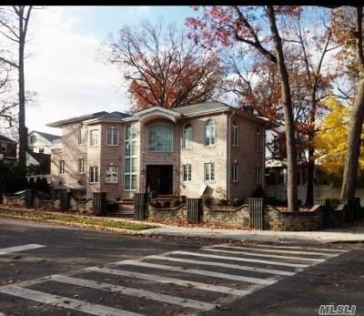 Jamaica Estates Single Family Home For Sale: 86-50 188th St
