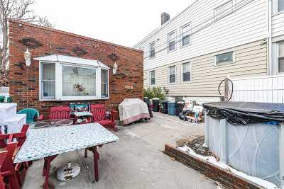 Maspeth Single Family Home For Sale: 59-14 71st St