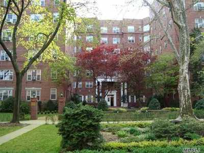 Forest Hills NY Co-op For Sale: $499,900