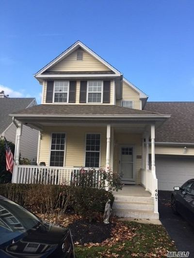 Bay Shore Condo/Townhouse For Sale: 407 Mystic Way