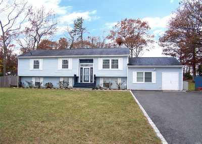 Mt. Sinai Single Family Home For Sale: 66 Miller Place Mid Rd