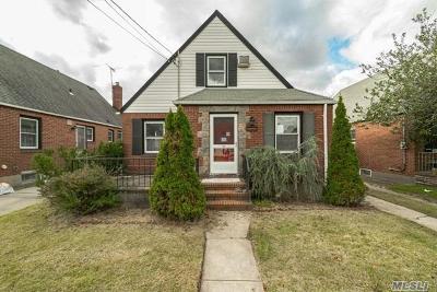 Nassau County Single Family Home For Sale: 507 Premier Blvd