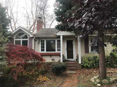 Wading River Single Family Home For Sale: 75 Cliff Rd