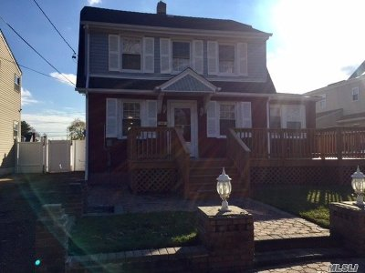 Roosevelt Single Family Home For Sale: 18 Frederick Ave