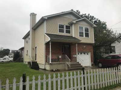 Hempstead Single Family Home For Sale: 66 James Ll Burrell Ave