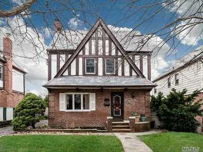 Bayside Single Family Home For Sale: 53-08 212th St