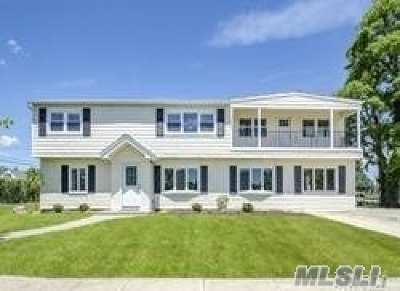 Wantagh Single Family Home For Sale: 3309 Nelson St