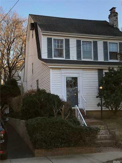 Great Neck Single Family Home For Sale: 256-14 Kensington Pl