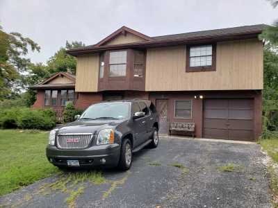 Ridge Single Family Home For Sale: 5 Rolling Hills Dr
