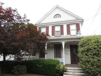 Hempstead Single Family Home For Sale: 9 Thorne Ave