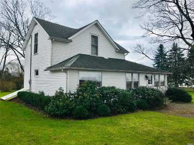 Orient Single Family Home For Sale: 265 Racketts Ct