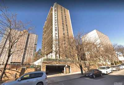 Flushing Condo/Townhouse For Sale: 138-35 Elder Ave #26