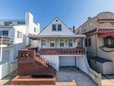 Long Beach NY Single Family Home For Sale: $579,000