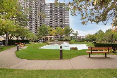 Bayside Condo/Townhouse For Sale: 1 Bay Club Dr #1-N