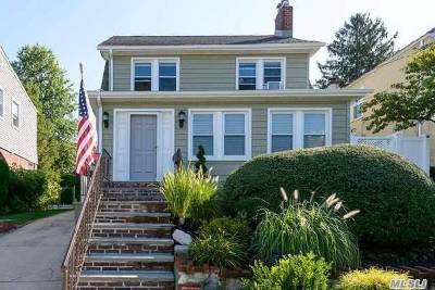 Little Neck Single Family Home For Sale: 41-25 248 St