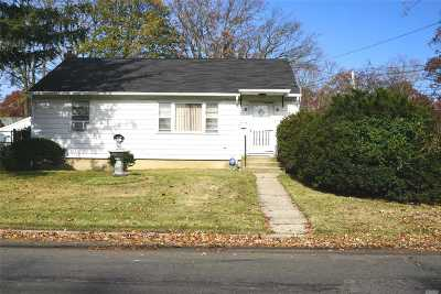 Single Family Home Sold: 207 Cumberbach St