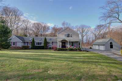 Greenlawn Single Family Home For Sale: 23 Westbrook Ct