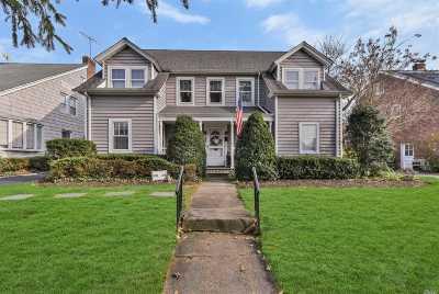 Garden City Single Family Home For Sale: 205 Nassau Blvd